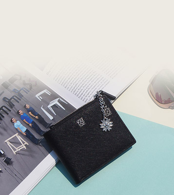 WEEKLY HOT CHARM POINT WALLET