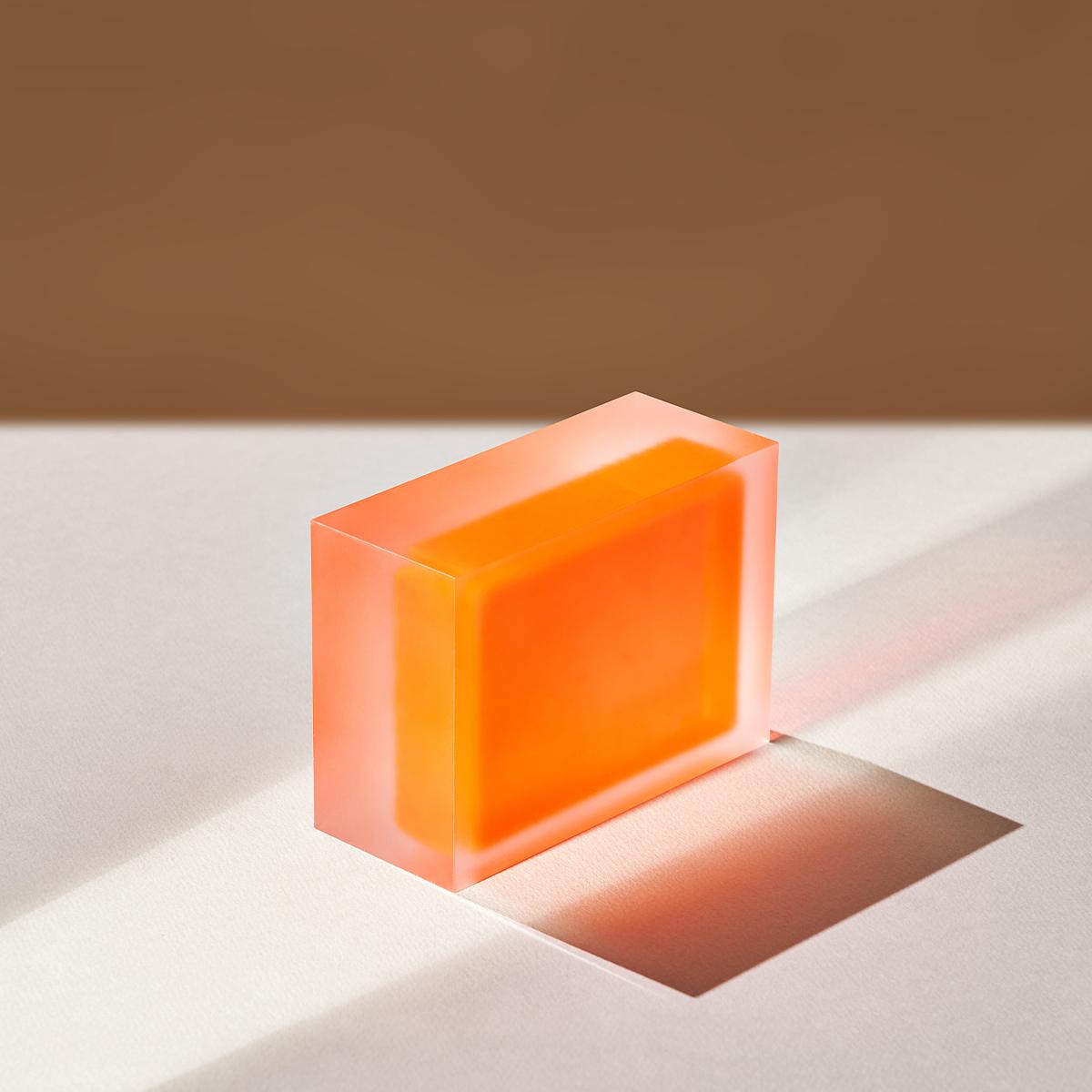 플랫폼엘 윤라희 circle, rectangle, red, neon yellow, white 2